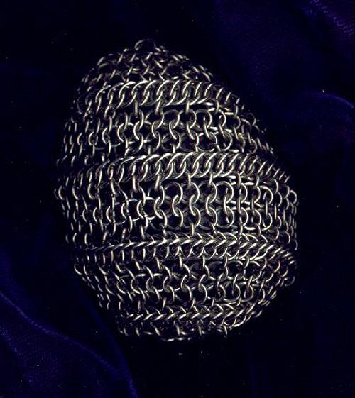 Maille Easter Egg