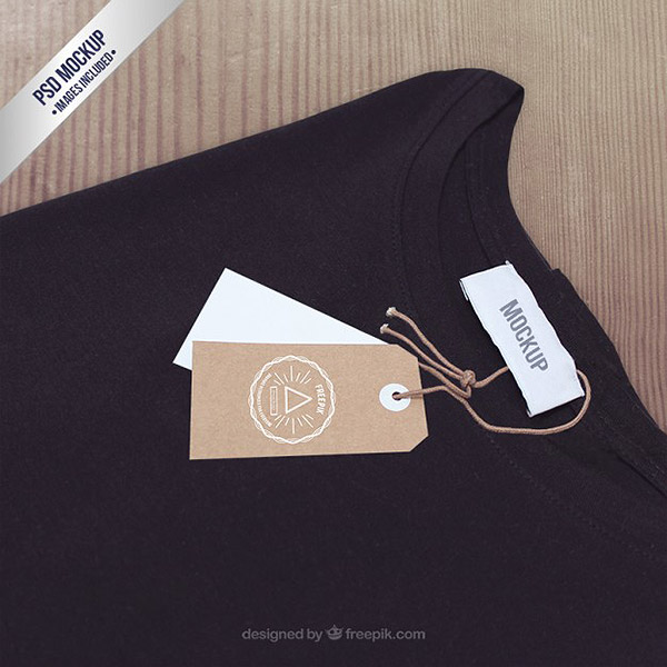 T-shirt label mockup Free Psd